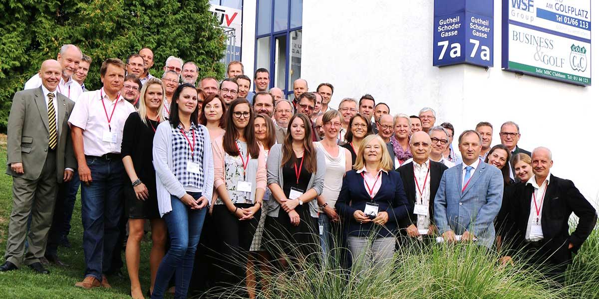Die Referent/innen und Mitarbeiter/innen der TÜV AUSTRIA Akademie bei der Referentenkonferenz 2015   (c) TÜV Austria