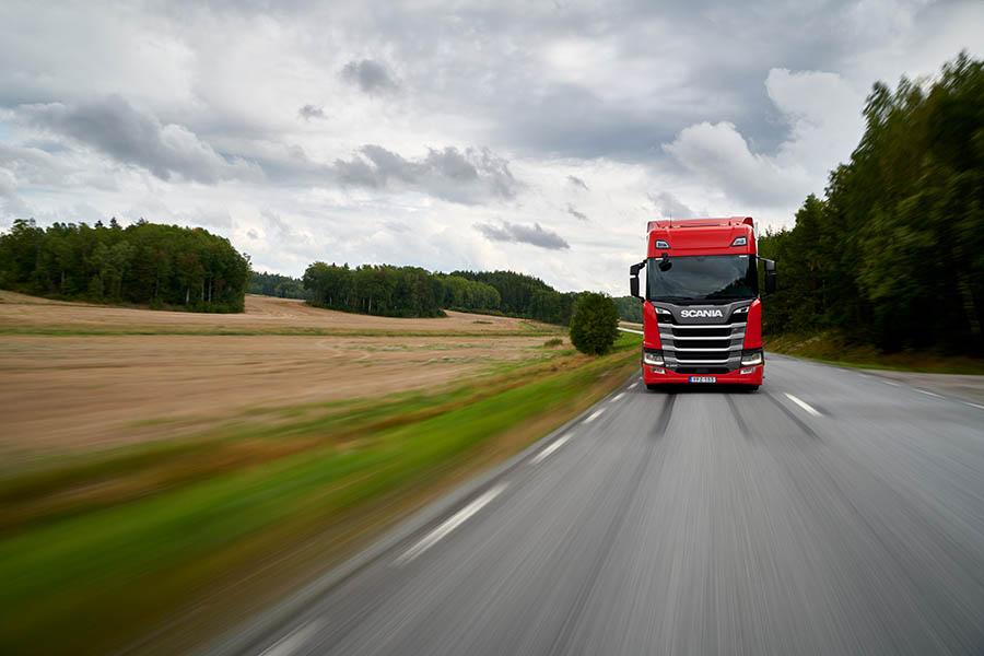 Mit dem Scania R 450 gewinnt Scania dreimal in Folge die Green Truck Auszeichnung   (c) Scania