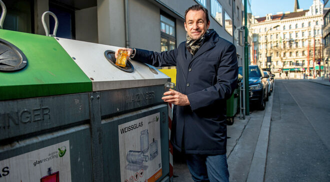 Foto: Dr. Harald Hauke (c) Austria Glas Recycling, Imre Antal