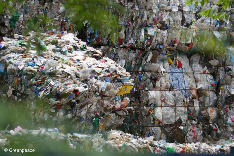Foto: Plastic Waste in the Port Klang Area, Malaysia © Greenpeace