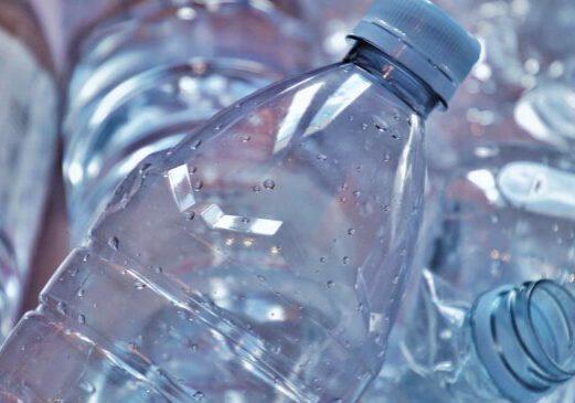Foto: Einwegpfand auf Kunststoff-Flaschen