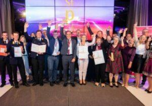 Foto: Staatspreis Unternehmensqualität Gewinner mit Kategoriesiegern und Jury-Preisträgern © Anna Rauchenberger